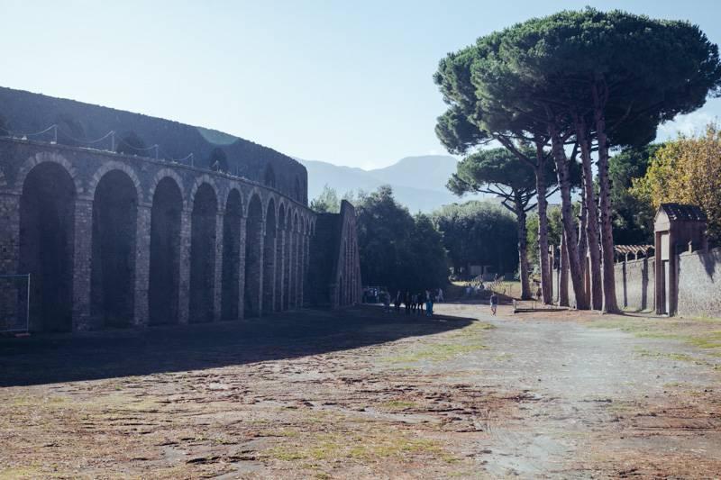 Radiating_Chaos_Pompeii_002