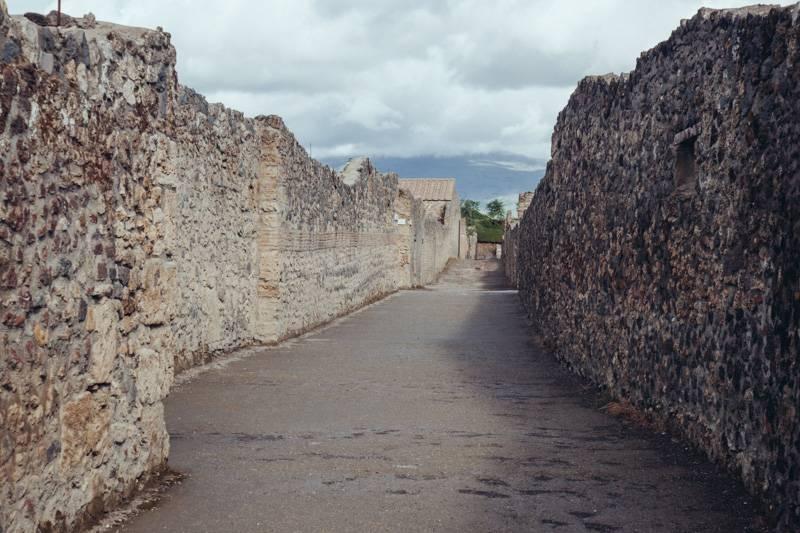 Radiating_Chaos_Pompeii_020
