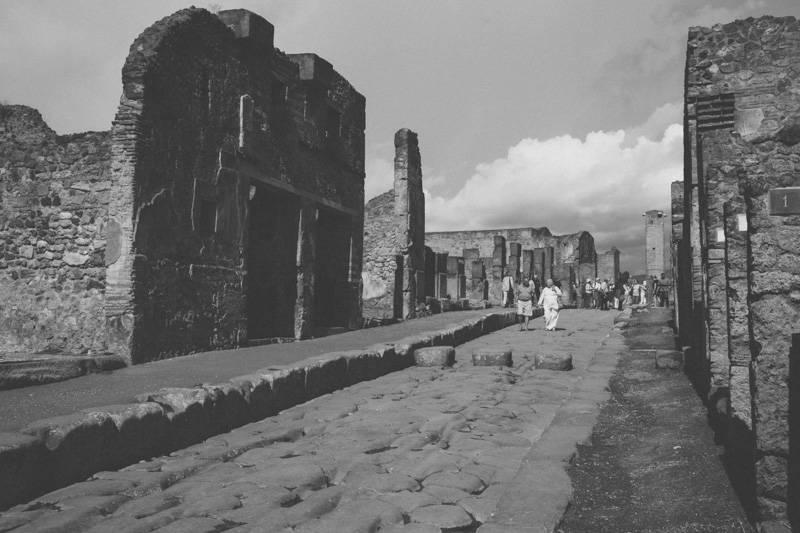 Radiating_Chaos_Pompeii_025