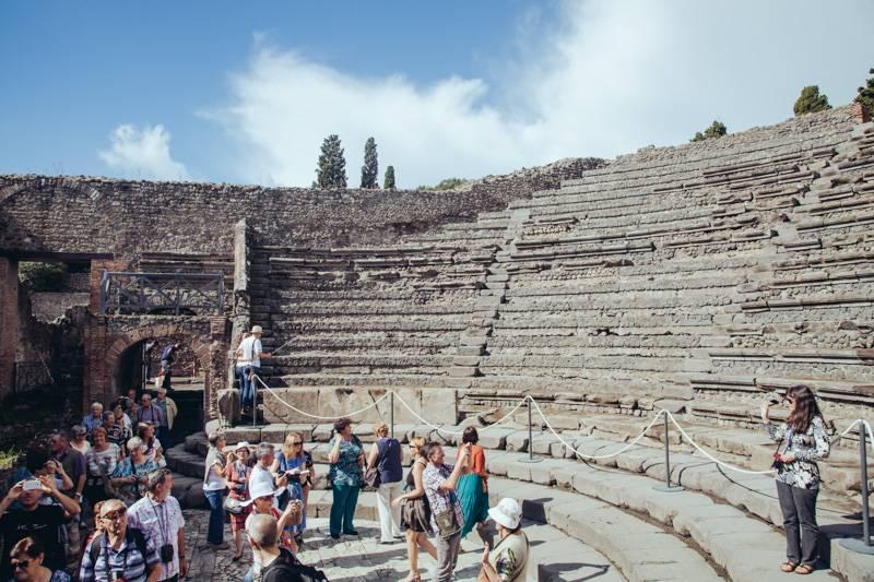 Radiating_Chaos_Pompeii_033