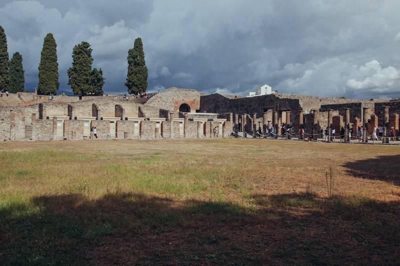 Radiating_Chaos_Pompeii_037