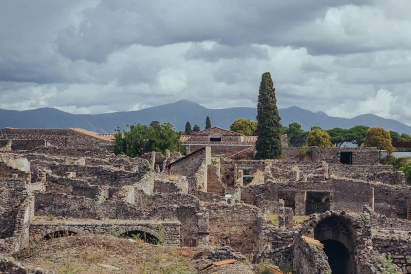 Radiating_Chaos_Pompeii_046