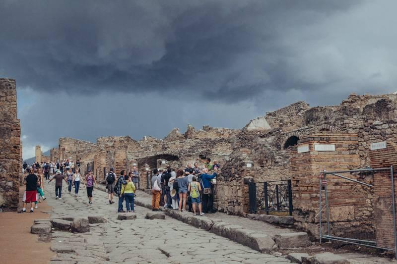 Radiating_Chaos_Pompeii_048