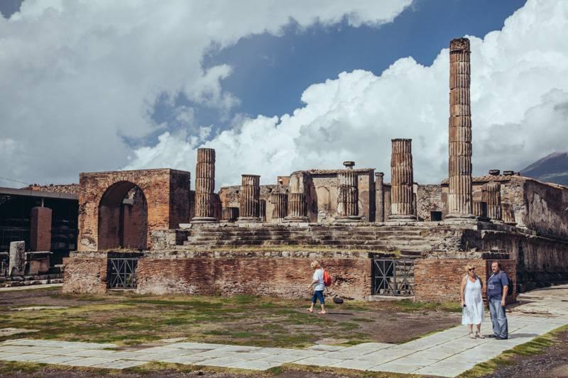 Radiating_Chaos_Pompeii_057