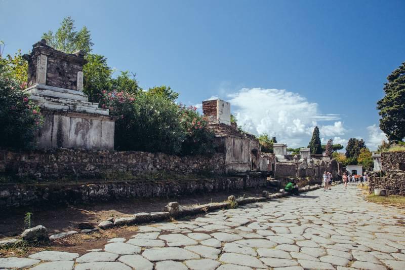 Radiating_Chaos_Pompeii_075