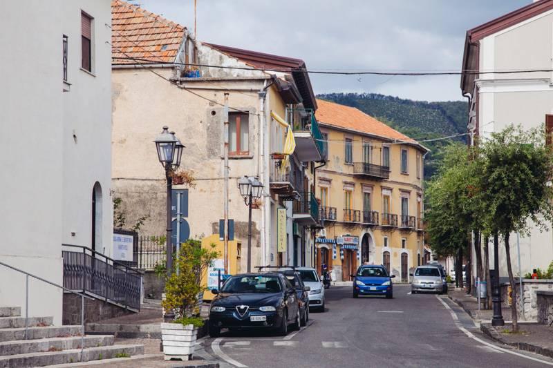 Street view of Bomerano, Italy