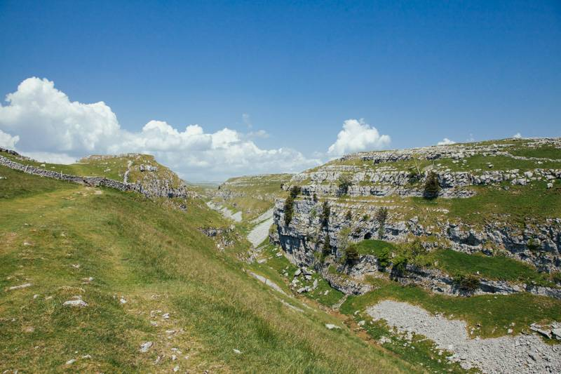 Radiating_Chaos_Malham_Cove_Walk_028