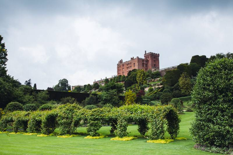 Radiating_Chaos_Powis_Castle_034